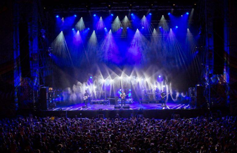 Ermal Meta: Non abbiamo armi tour 2018, con ROBE lighting e Robert Juliat