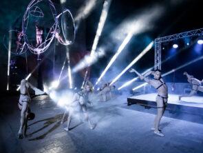 A Riveder le Stelle, lo show ideato da Simone Ranieri debutta a San Marino illuminato da ROBE e Robert Juliat
